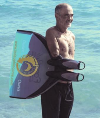 Thierry Corbalan, 59 ans, dauphin corse. Thierry est un champion qui relève des défis depuis son grave accident en 1988.