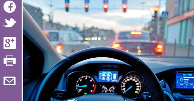 Les chauffeurs d'Uber reconnus comme des employés outre-Manche. Pierre Luton, journaliste, rédacteur en chef d'A part entière, le magazine de la Fnath.